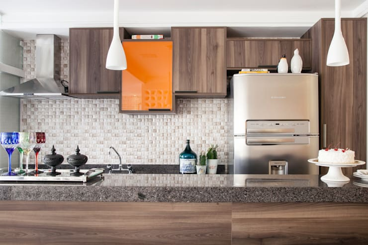 Cozinha : Cozinha  por Biarari e Rodrigues Arquitetura e Interiores
