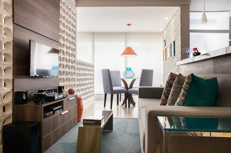Sala de jantar: Sala de jantar  por Biarari e Rodrigues Arquitetura e Interiores