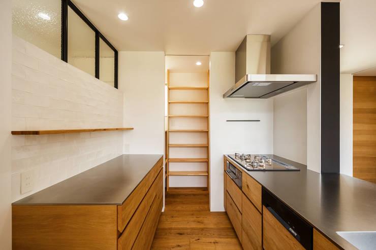 Projekty,  Kuchnia zaprojektowane przez 一級建築士事務所haus