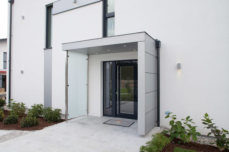 Modern Windows and Doors by ELK Fertighaus GmbH Modern