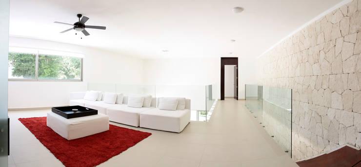 Enrique Cabrera Arquitecto의  방