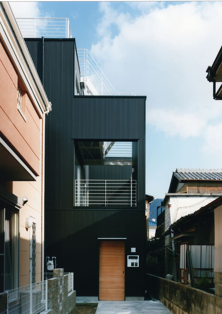 大東の家: 中間建築設計工房/NAKAMA ATELIERが手掛けた家です。