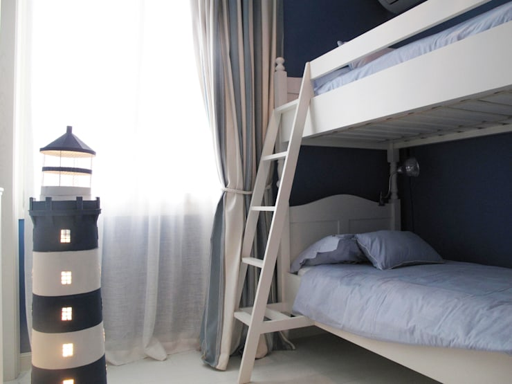 Dormitorios de estilo mediterráneo de Studio Matteoni