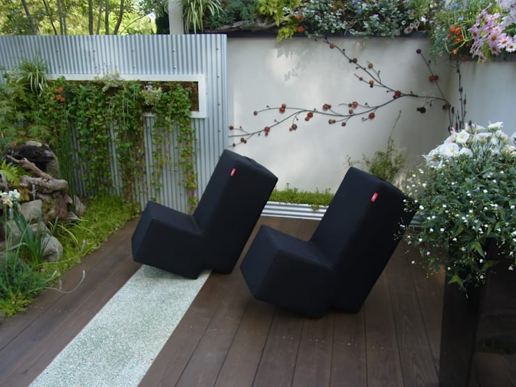 モダンスタイルの坪庭: 株式会社 髙橋造園土木  Takahashi Landscape Construction.Co.,Ltdが手掛けた庭です。
