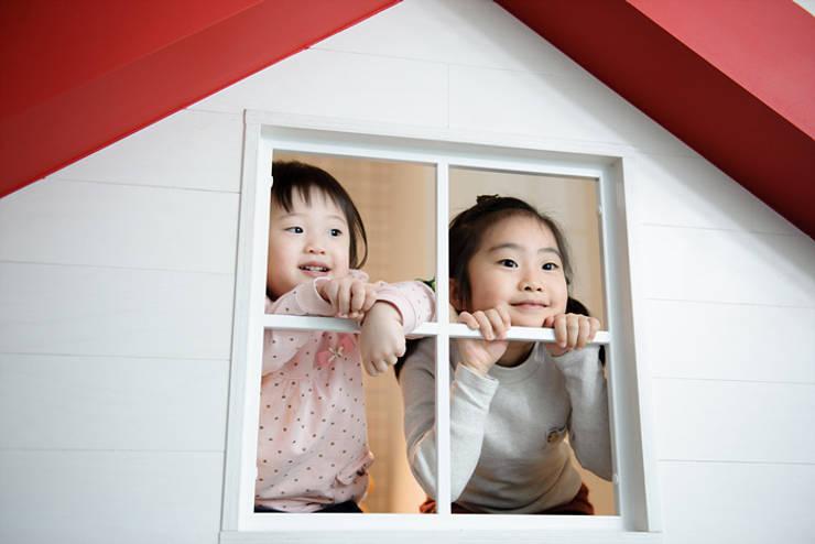 집속의 집  '키즈 하우스': 퍼스트애비뉴의  아이방