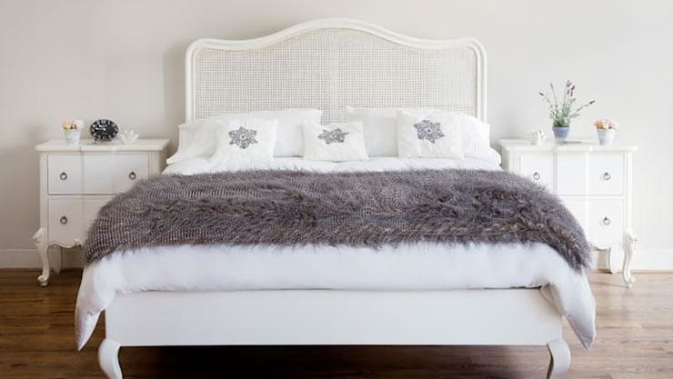 Testate per il letto: le più belle sono imbottite e in legno