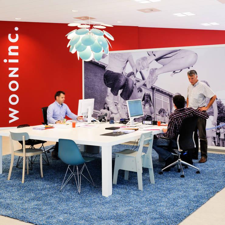 interieur Wooninc.:  Kantoor- & winkelruimten door Burobas