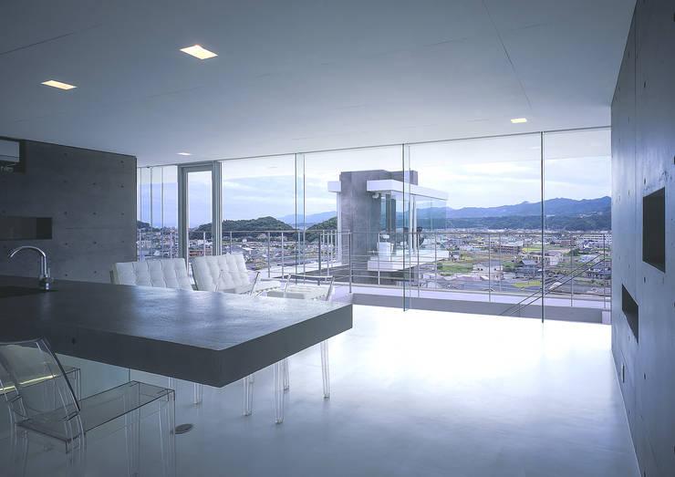 中山の住宅: アトリエ環 建築設計事務所が手掛けたダイニングです。,