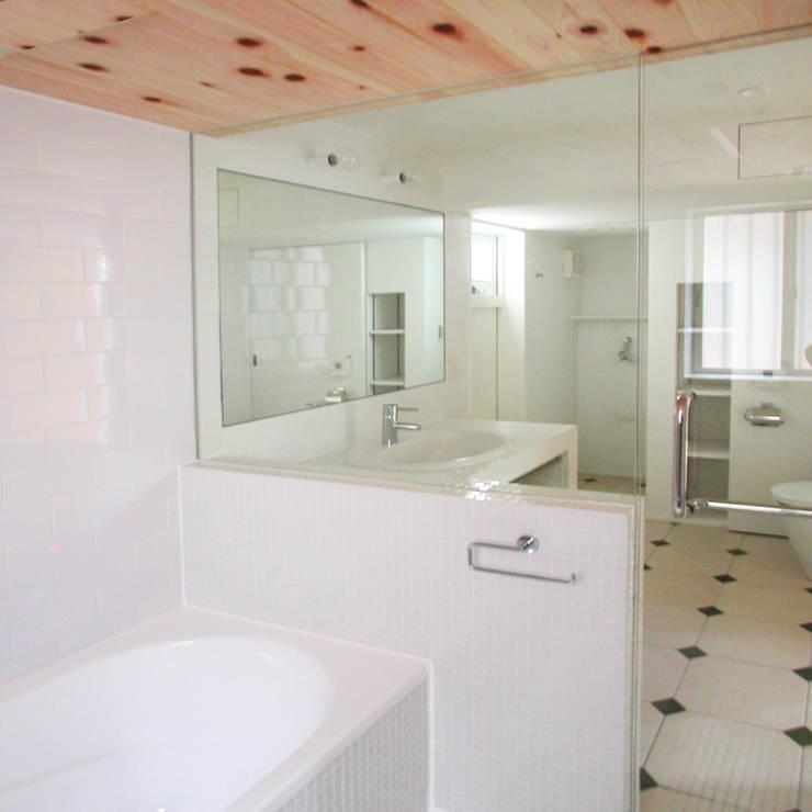 ユミラ建築設計室의  욕실