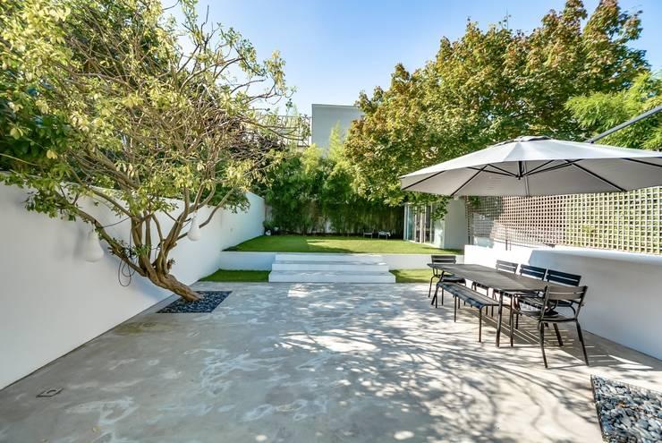 moderne Tuin door Meero