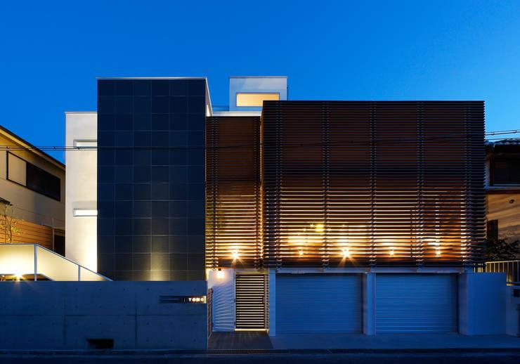 羽曳が丘の家: 内田雅章建築設計事務所が手掛けた家です。