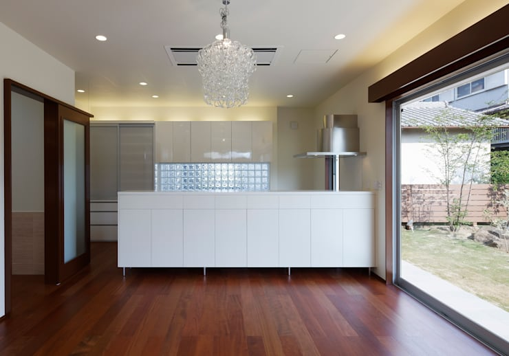 羽曳が丘の家: 内田雅章建築設計事務所が手掛けたキッチンです。