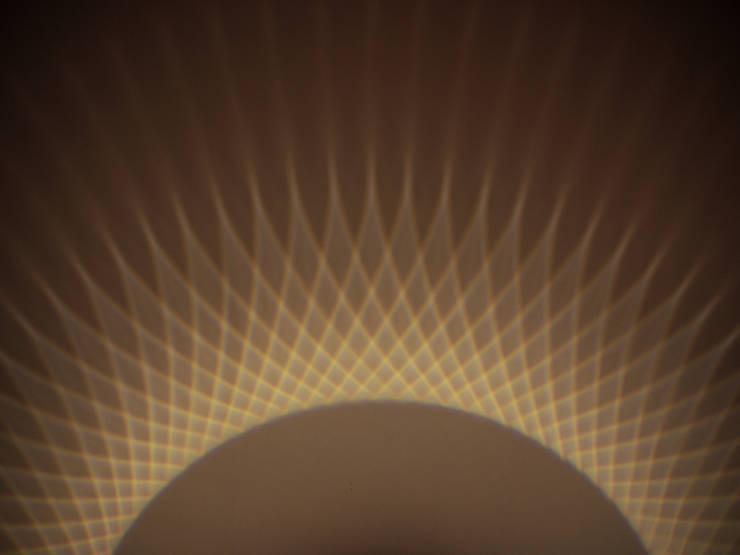 Star Polygon lamp: modern  door Arnout Meijer Studio, Modern