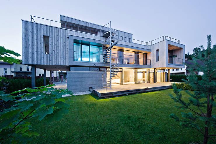 Фото обложки - Pixel House: Дома в . Автор – LEVEL80 | architects