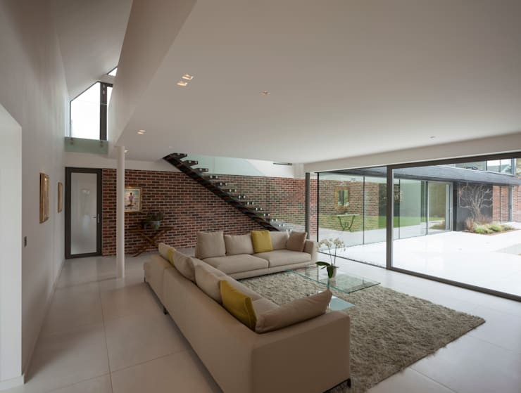 Private House, Cardiff :  Living room by LOYN+CO ARCHITECTS