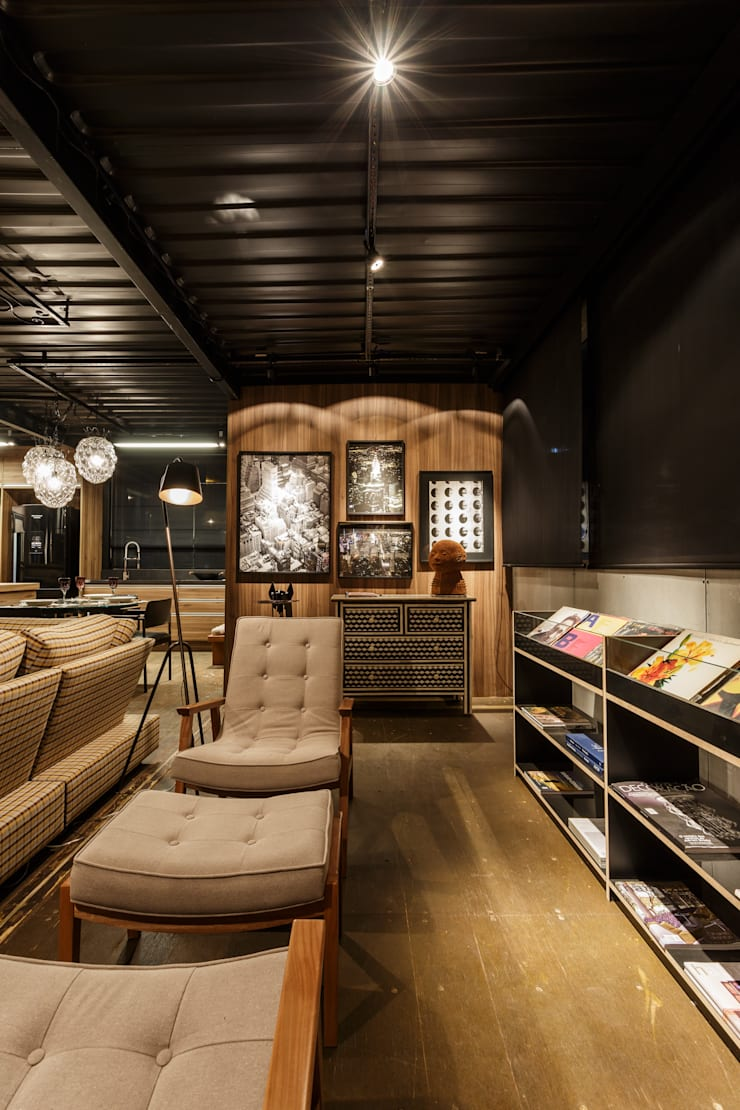 soft casal - sala de leitura: Casas  por cioli arquitetura e design,