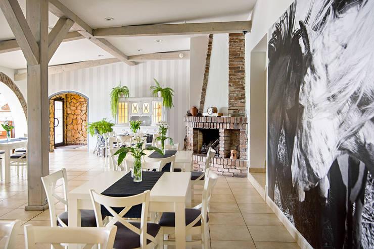 Restauracja 'Mustang' – Bytom.: styl , w kategorii Gastronomia zaprojektowany przez PR Architects Sp z o. o. Pala&Rodek