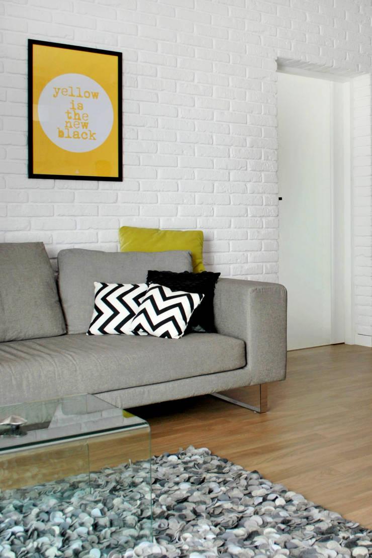 KROPLE KOLORU: styl , w kategorii Salon zaprojektowany przez IMPAST