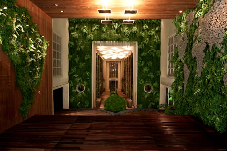CASA COR - ENTRADA:   por Quadro Vivo Urban Garden Roof & Vertical,
