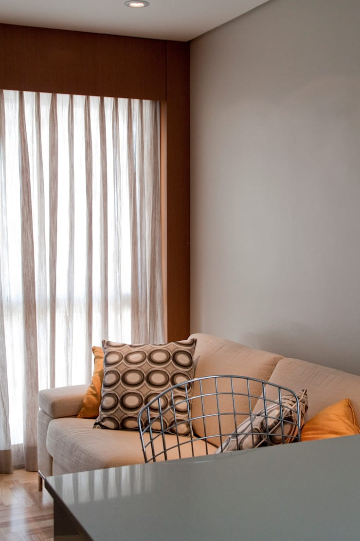 Apartamento jovem solteira Vila Madalena: Salas de estar  por Spazhio Croce Interiores