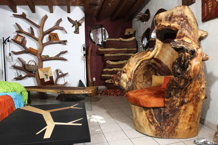 Trono y accesorios: Recámaras de estilo  por Cenquizqui