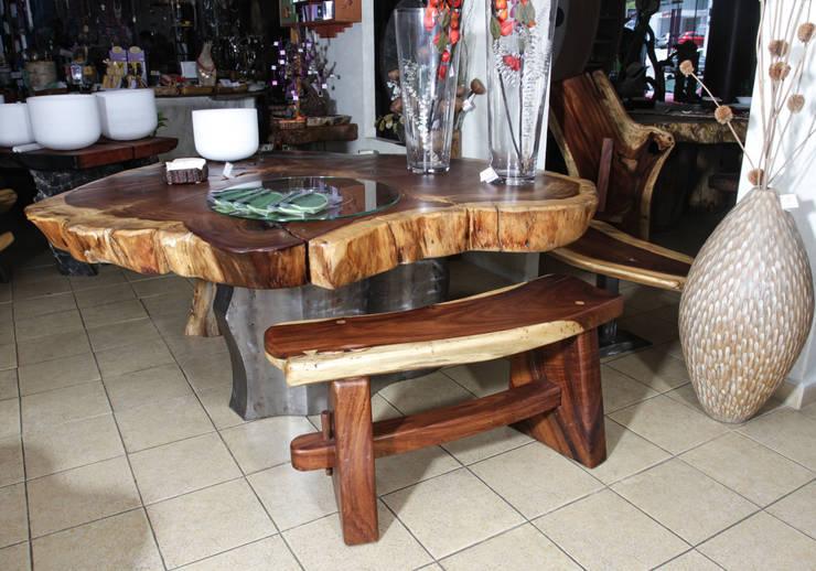 Mesa y accesorios: Hogar de estilo  por Cenquizqui