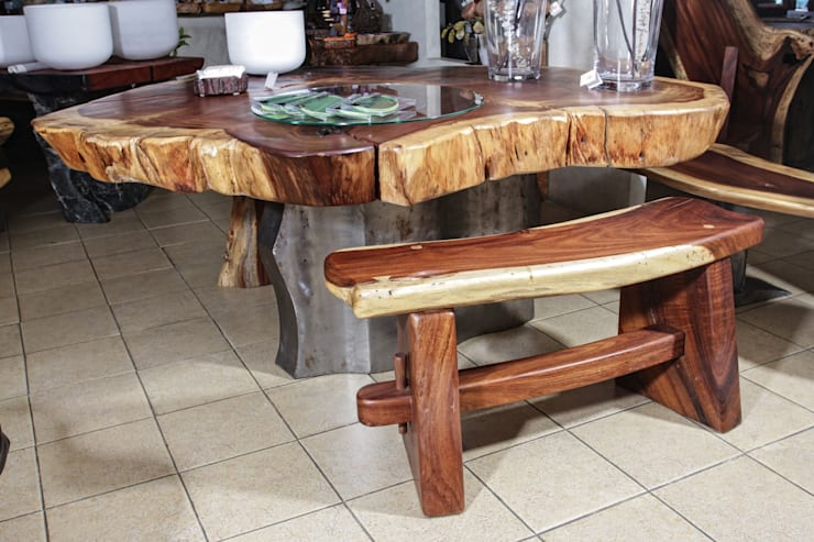 Mesa con bancas: Paisajismo de interiores de estilo  por Cenquizqui