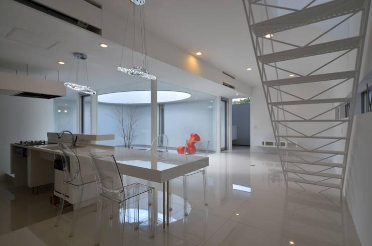 湧水町の住宅: アトリエ環 建築設計事務所が手掛けたダイニングです。