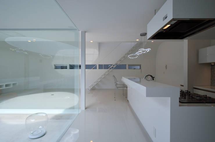 湧水町の住宅: アトリエ環 建築設計事務所が手掛けたキッチンです。