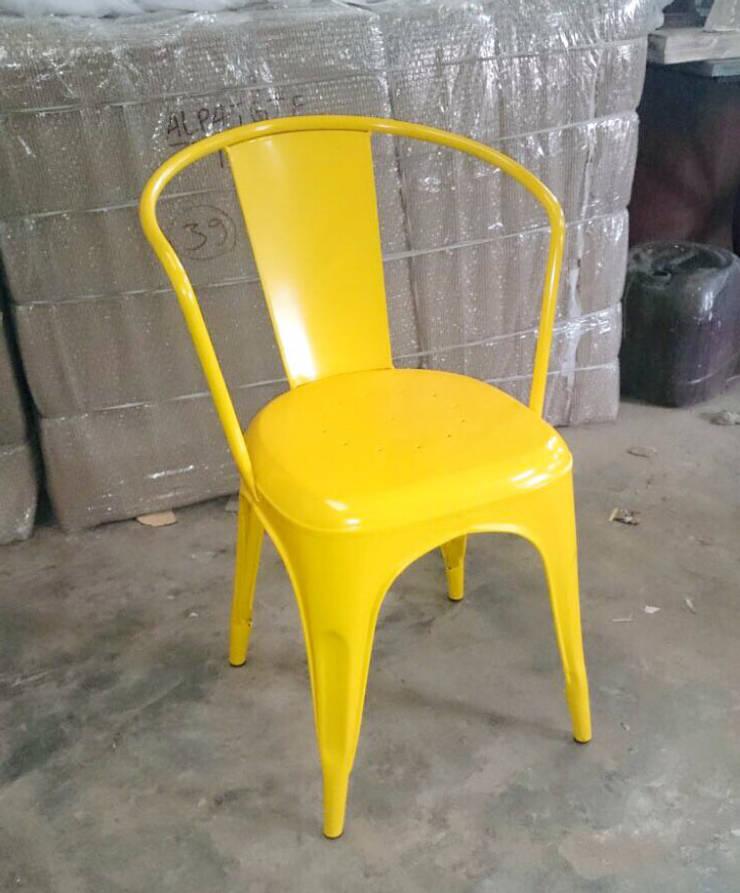 Iron chair:  Bars & clubs by ALPA CORP