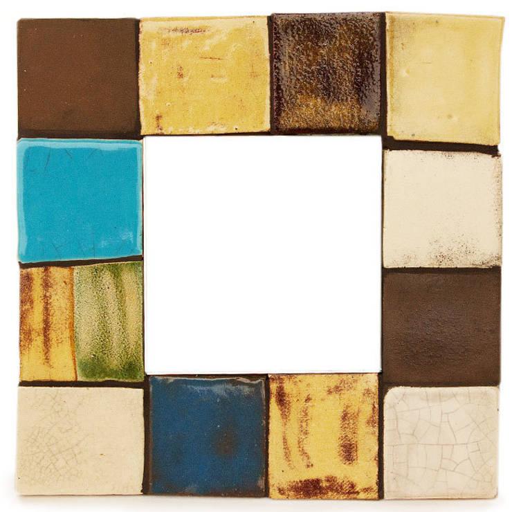 Kafelki na ramę lustra - Kolorowe Kwadraty: styl , w kategorii Ściany i podłogi zaprojektowany przez Dekory Nati