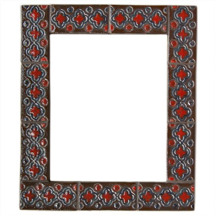 Kafelki na ramę lustra - czerwień w brązie: styl , w kategorii Ściany i podłogi zaprojektowany przez Dekory Nati