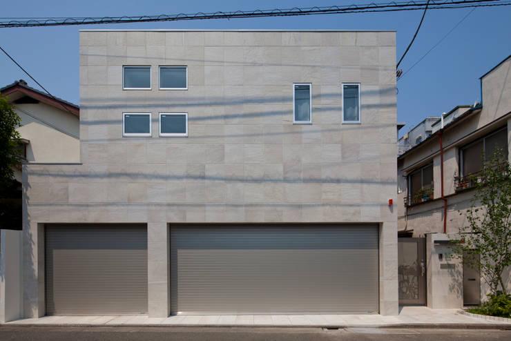 ファサード: 依田英和建築設計舎が手掛けた家です。