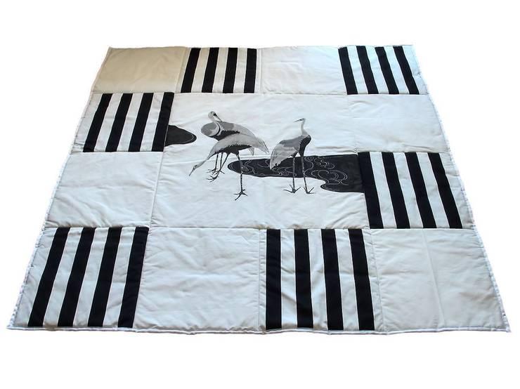 Narzuta w ptaki.: styl , w kategorii  zaprojektowany przez Projekty Anna Nalikowska,Klasyczny