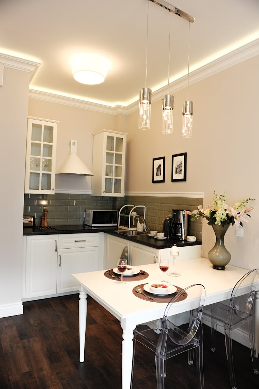 Apartament Novum: styl , w kategorii Kuchnia zaprojektowany przez AgiDesign,Klasyczny