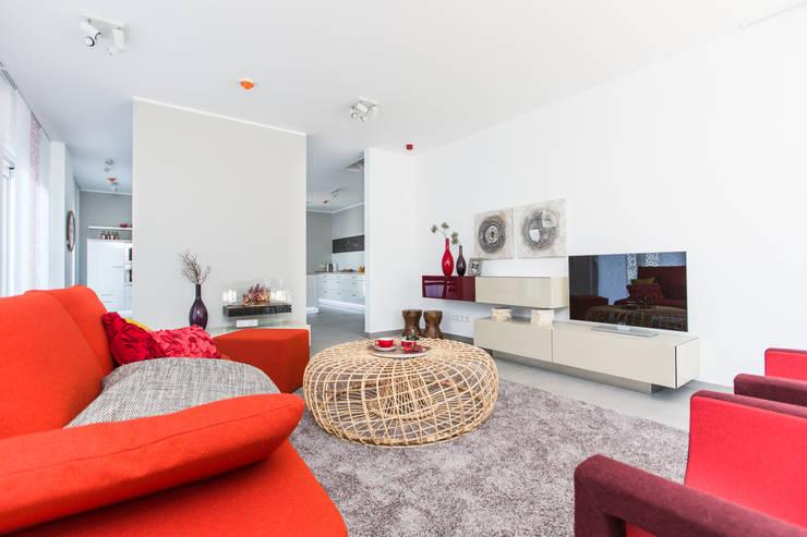 exklusive wohnwand f r anspruchsvolle raumgestaltung. Black Bedroom Furniture Sets. Home Design Ideas