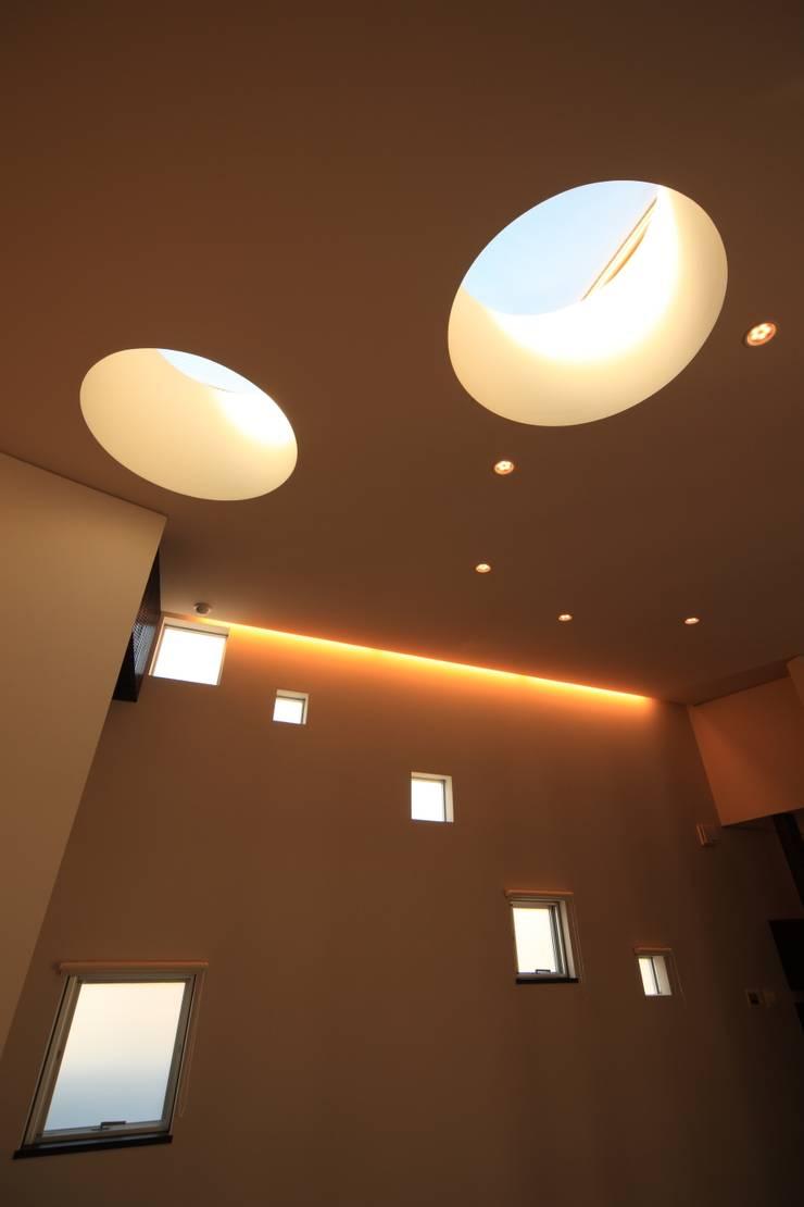 天井: MA設計室が手掛けたリビングです。