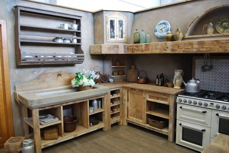 Anche i pensili per cucina sono ergonomici - Mensole cucina country ...
