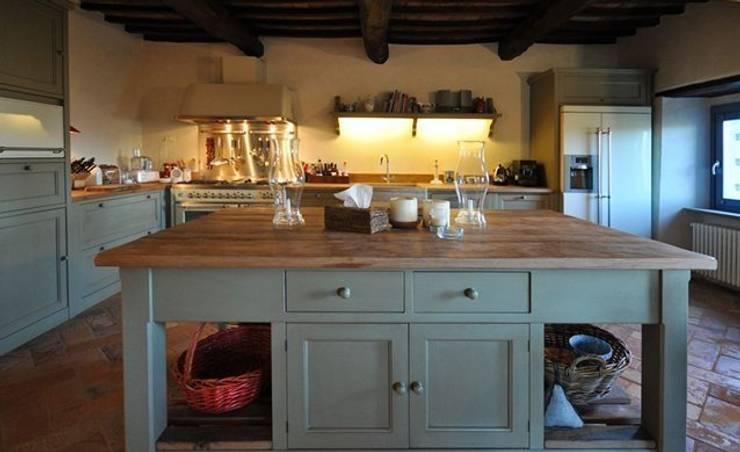Cucina Sogno: Cucina in stile in stile Rustico di Porte del Passato