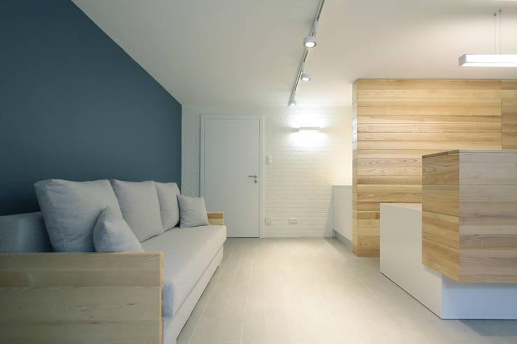 Dom wakacyjny Solano w Ustce: styl , w kategorii Hotele zaprojektowany przez Studio Nomo,Skandynawski