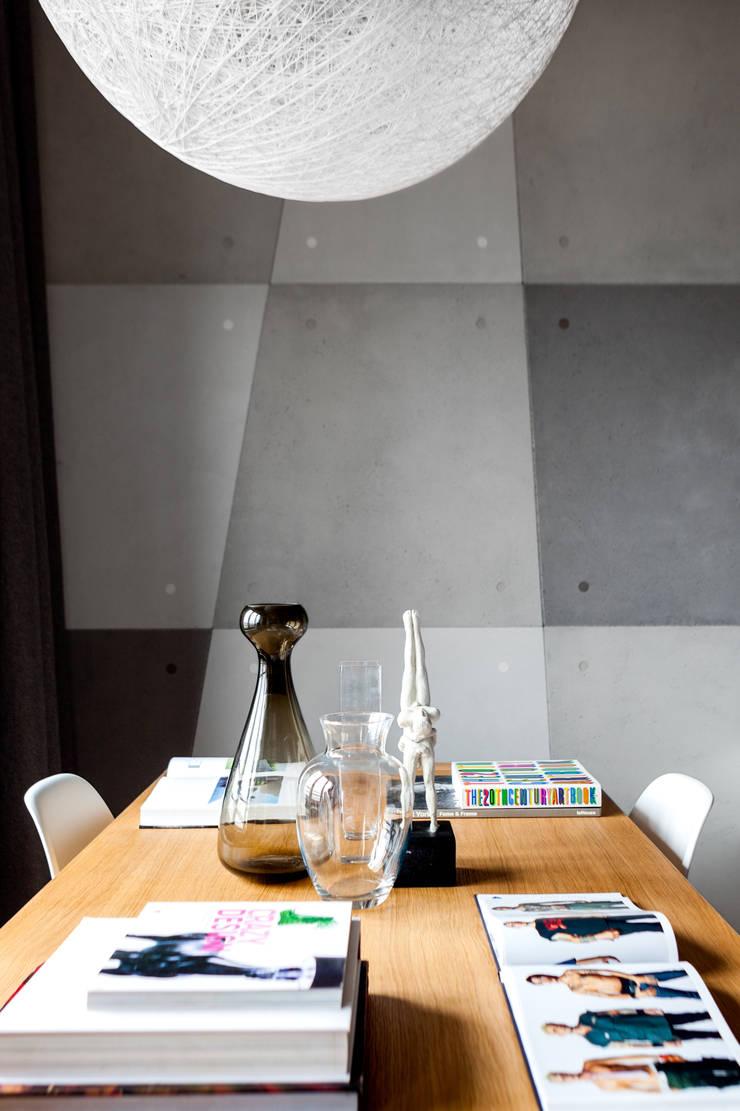 Płyty betonowe typu flexi: styl , w kategorii Jadalnia zaprojektowany przez Contractors