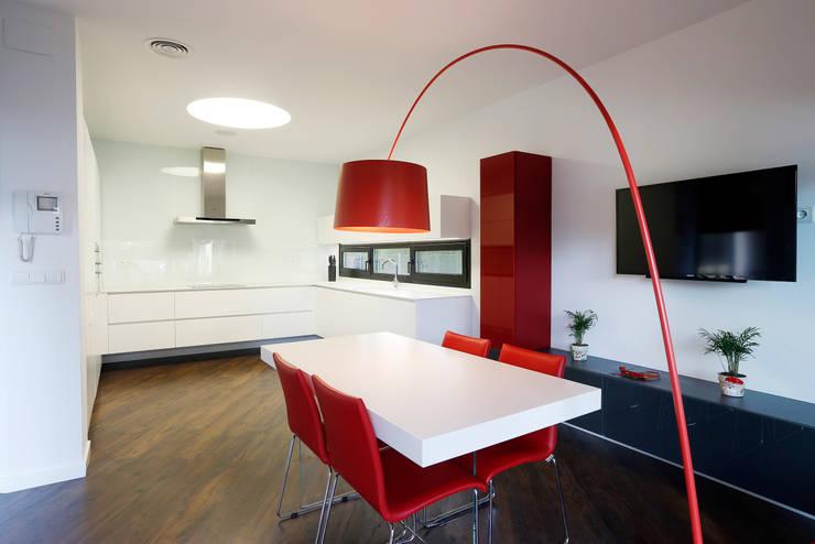 Cozinhas ecléticas por 3 M ARQUITECTURA