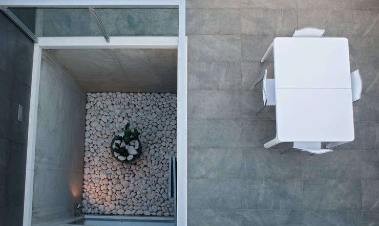 Jardines de estilo  por 3 M ARQUITECTURA