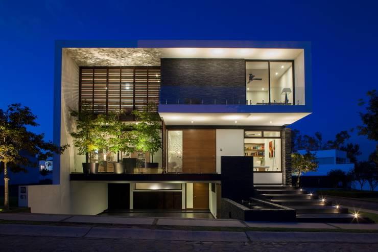 Casa GM Casas modernas de GLR Arquitectos Moderno