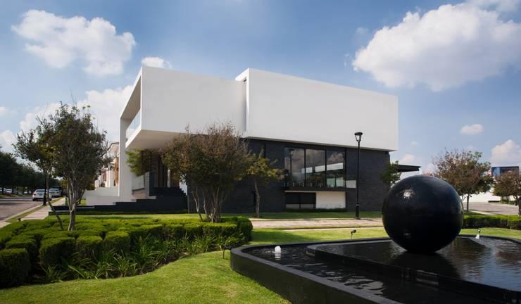 Huizen door GLR Arquitectos