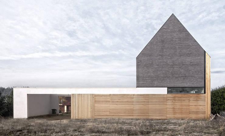 Houses by PRACOWNIA 111, Minimalist