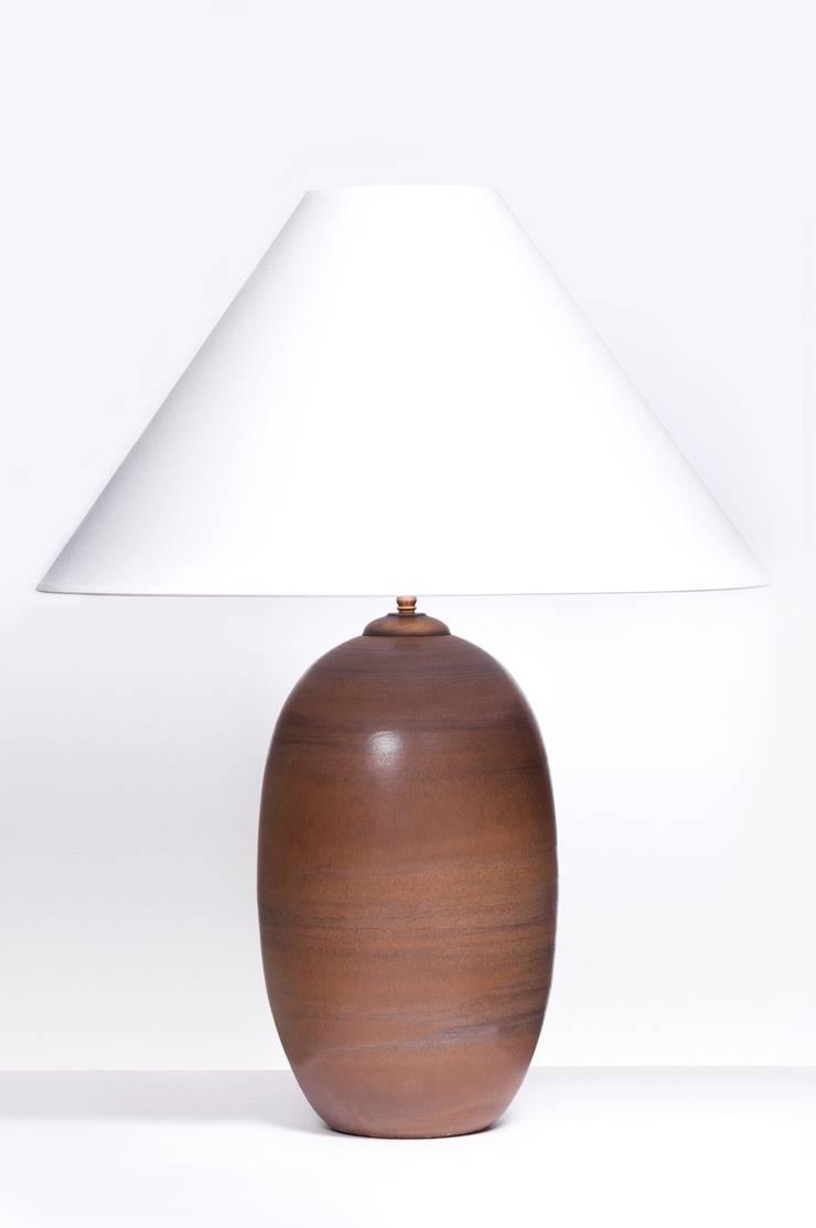 ACORN BROEN DECO: styl , w kategorii  zaprojektowany przez Peter Woodland Lamps,Nowoczesny