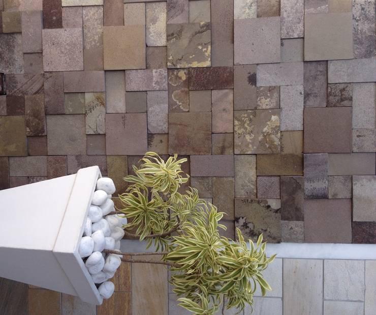 Showroom Decor Pedras:   por DECOR PEDRAS PISOS E REVESTIMENTOS