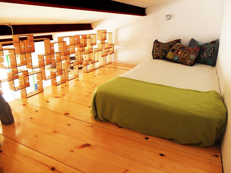 Intervención en finca La Huerta (Ávila): Dormitorios de estilo  de Victoria López Martín