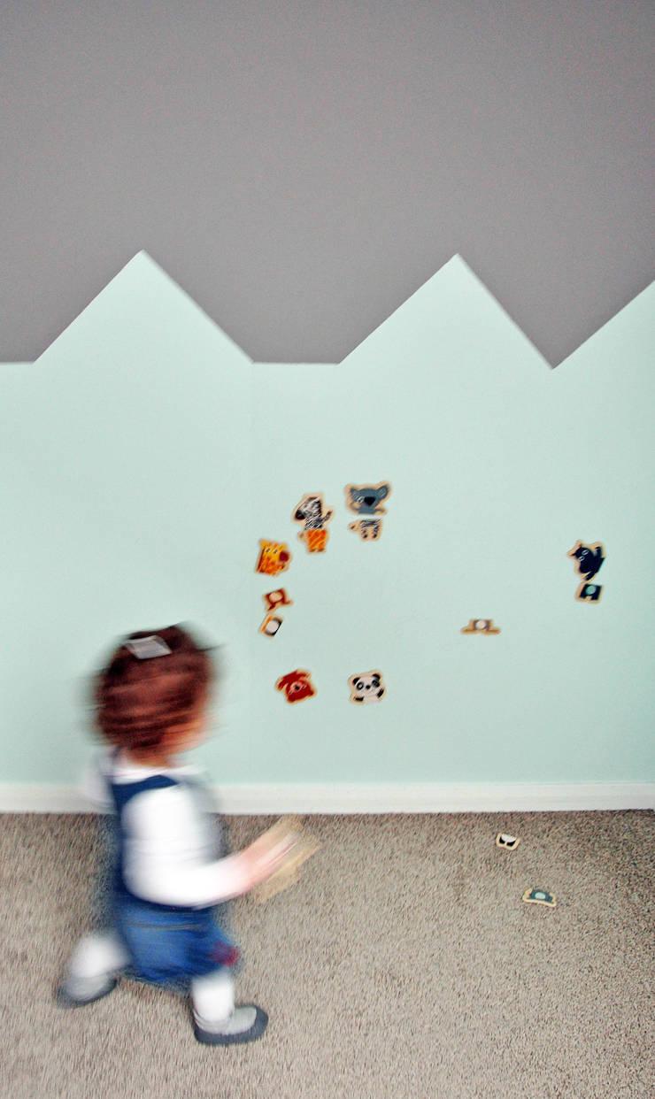 Pokoik małej Magdaleny: styl , w kategorii Pokój dziecięcy zaprojektowany przez AWUU,
